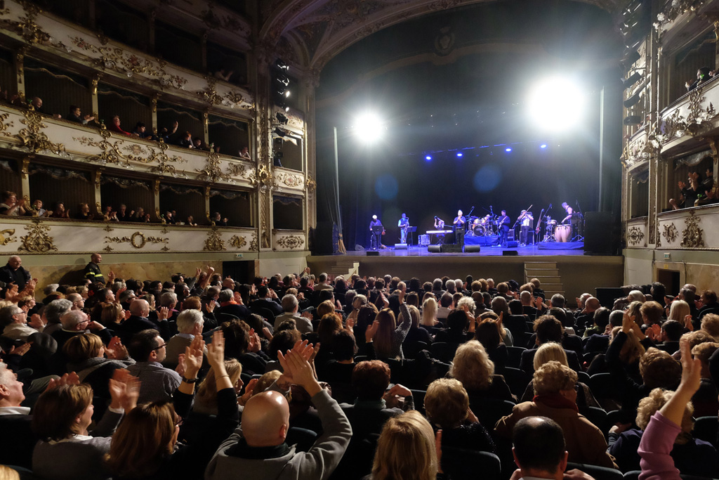 """Paolo Belli: Parte dall'Emilia il tour teatrale """"Pur di fare Musica"""""""